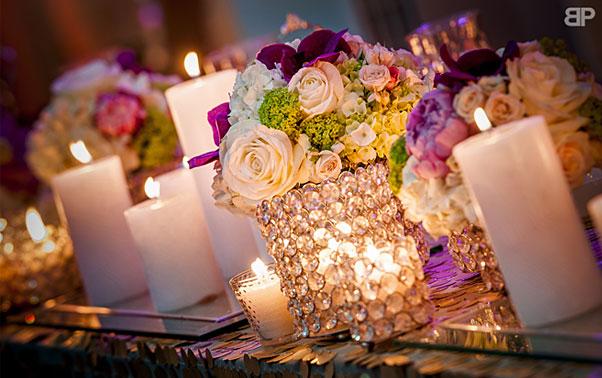 Decor nunta Brasov lumanari si vaze flori Blitz Party