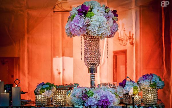 Decor nunta Brasov cu vaze inalte Blitz Party